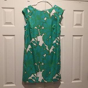 Gorgeous lightweight dress